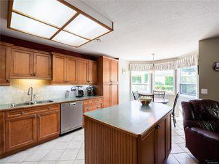 Photo 2: 646 Redwood Dr in : PQ Qualicum Beach House for sale (Parksville/Qualicum)  : MLS®# 853643
