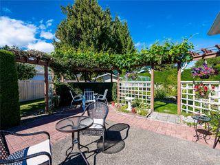 Photo 11: 646 Redwood Dr in : PQ Qualicum Beach House for sale (Parksville/Qualicum)  : MLS®# 853643