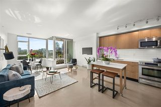 """Photo 3: 715 221 UNION Street in Vancouver: Strathcona Condo for sale in """"V6A"""" (Vancouver East)  : MLS®# R2505007"""