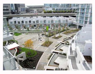 "Photo 8: 806 633 ABBOTT Street in Vancouver: Downtown VW Condo for sale in ""THE ESPANA"" (Vancouver West)  : MLS®# V794342"