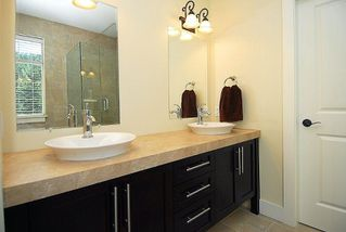 Photo 12: 2176 Harrow Gate in Victoria: Residential for sale : MLS®# 270626