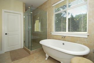 Photo 11: 2176 Harrow Gate in Victoria: Residential for sale : MLS®# 270626