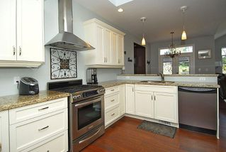 Photo 7: 2176 Harrow Gate in Victoria: Residential for sale : MLS®# 270626