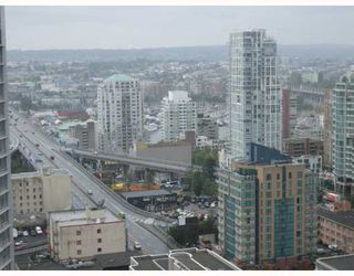 "Photo 6: 2707 1199 SEYMOUR Street in Vancouver: Downtown VW Condo for sale in ""BRAVA"" (Vancouver West)  : MLS®# V669409"