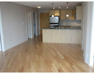 "Photo 1: 2707 1199 SEYMOUR Street in Vancouver: Downtown VW Condo for sale in ""BRAVA"" (Vancouver West)  : MLS®# V669409"