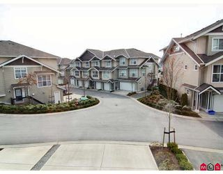 "Photo 9: 5 20460 66TH Avenue in Langley: Willoughby Heights Townhouse for sale in ""Willow Edge"" : MLS®# F2809393"