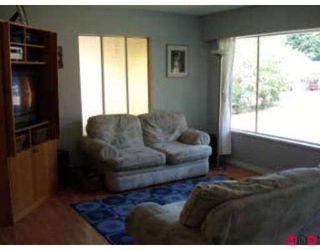 "Photo 3: 8549 TERRACE DR in Delta: Nordel House for sale in ""Sunbury"" (N. Delta)  : MLS®# F2616798"