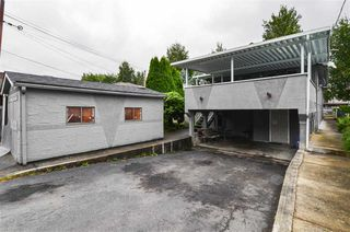 Photo 12: 5385 EARLES Street in Vancouver: Collingwood VE House for sale (Vancouver East)  : MLS®# R2387990