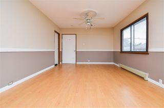 Photo 3: 5385 EARLES Street in Vancouver: Collingwood VE House for sale (Vancouver East)  : MLS®# R2387990