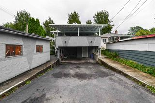 Photo 11: 5385 EARLES Street in Vancouver: Collingwood VE House for sale (Vancouver East)  : MLS®# R2387990