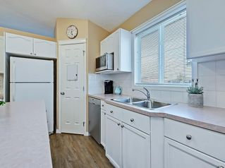 Photo 7: 741 Citadel Drive NW in Calgary: Citadel Detached for sale : MLS®# C4260865