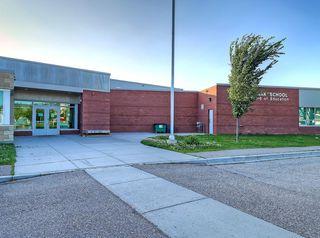Photo 34: 741 Citadel Drive NW in Calgary: Citadel Detached for sale : MLS®# C4260865