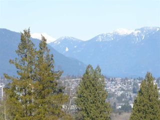 """Photo 4: 706 5790 PATTERSON Avenue in Burnaby: Metrotown Condo for sale in """"REGENT"""" (Burnaby South)  : MLS®# R2445152"""