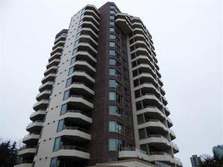 """Photo 5: 706 5790 PATTERSON Avenue in Burnaby: Metrotown Condo for sale in """"REGENT"""" (Burnaby South)  : MLS®# R2445152"""