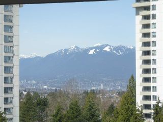 """Photo 9: 706 5790 PATTERSON Avenue in Burnaby: Metrotown Condo for sale in """"REGENT"""" (Burnaby South)  : MLS®# R2445152"""