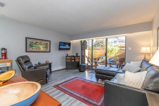 Photo 4: 2 137 E 5TH Street in North Vancouver: Lower Lonsdale Condo for sale : MLS®# R2445542