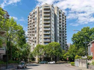 Main Photo: 1507 1135 QUAYSIDE Drive in New Westminster: Quay Condo for sale : MLS®# R2461616