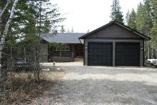 Photo 1: 1201 Jordan Way: Scotch Creek Residential Detached for sale (North Shore, Shuswap Lake)  : MLS®# 9203230