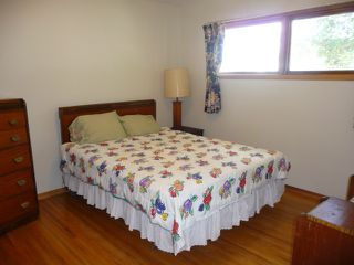Photo 6: 16037 95 Avenue in Edmonton: Zone 22 House for sale : MLS®# E4207838