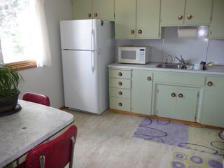 Photo 4: 16037 95 Avenue in Edmonton: Zone 22 House for sale : MLS®# E4207838