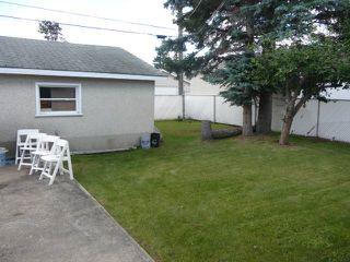 Photo 9: 16037 95 Avenue in Edmonton: Zone 22 House for sale : MLS®# E4207838