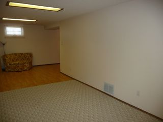 Photo 11: 16037 95 Avenue in Edmonton: Zone 22 House for sale : MLS®# E4207838