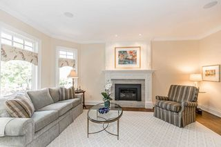 Photo 7: 19 Hodgkinson Cres in Aurora: Hills of St Andrew Freehold for sale : MLS®# N4925102