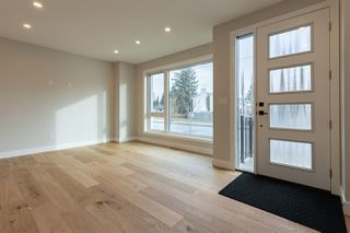 Photo 2: 10034 142 Street in Edmonton: Zone 21 House for sale : MLS®# E4220366