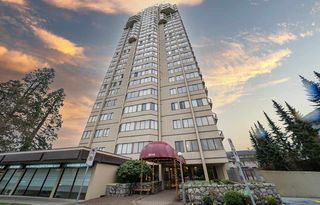"Main Photo: 302 6540 BURLINGTON Avenue in Burnaby: Metrotown Condo for sale in ""BURLINGTON SQUARE"" (Burnaby South)  : MLS®# R2529805"