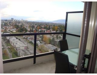 "Photo 7: 2406 7088 SALISBURY Avenue in Burnaby: Highgate Condo for sale in ""WEST AT HIGHGATE MALL"" (Burnaby South)  : MLS®# V795531"