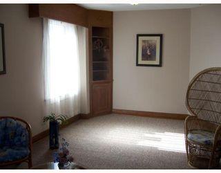 Photo 5: 206 HAMPTON Street in WINNIPEG: St James Single Family Detached for sale (West Winnipeg)  : MLS®# 2717433