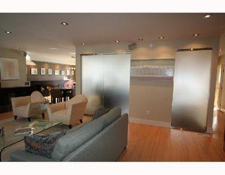 Photo 3: 423 KELVIN Boulevard in WINNIPEG: River Heights / Tuxedo / Linden Woods Residential for sale (South Winnipeg)  : MLS®# 2804138