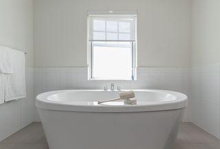 Photo 15: 3446 GISLASON Avenue in Coquitlam: Burke Mountain House for sale : MLS®# R2390990