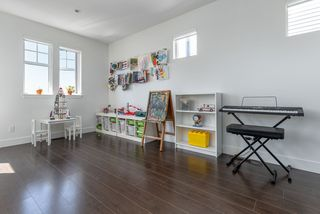 Photo 11: 3446 GISLASON Avenue in Coquitlam: Burke Mountain House for sale : MLS®# R2390990