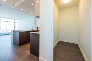 "Photo 10: 3307 4670 ASSEMBLY Way in Burnaby: Metrotown Condo for sale in ""Station Square"" (Burnaby South)  : MLS®# R2426014"