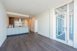 "Photo 5: 3307 4670 ASSEMBLY Way in Burnaby: Metrotown Condo for sale in ""Station Square"" (Burnaby South)  : MLS®# R2426014"