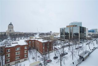 Photo 16: 816 77 Edmonton Street in Winnipeg: Downtown Condominium for sale (9A)  : MLS®# 202000687