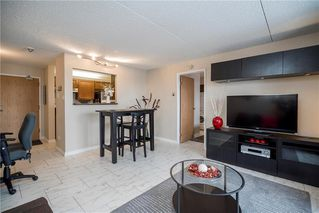 Photo 5: 816 77 Edmonton Street in Winnipeg: Downtown Condominium for sale (9A)  : MLS®# 202000687