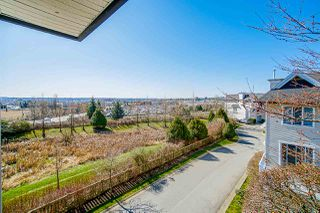 "Photo 13: 37 20560 66 Avenue in Langley: Willoughby Heights Townhouse for sale in ""AMBERLEIGH"" : MLS®# R2445990"