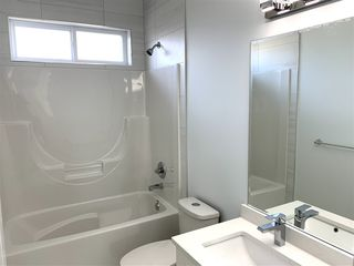 """Photo 11: 35235 HENRY Avenue in Mission: Hatzic House for sale in """"Ferncliff Estates"""" : MLS®# R2447262"""