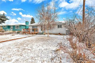Photo 2: 5032 MARYVALE Drive NE in Calgary: Marlborough Detached for sale : MLS®# C4292778