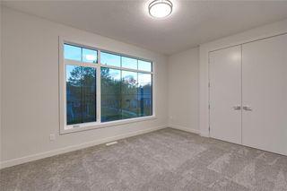 Photo 35: 938 RENFREW Drive NE in Calgary: Renfrew Detached for sale : MLS®# C4303305