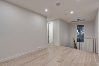 Photo 23: 938 RENFREW Drive NE in Calgary: Renfrew Detached for sale : MLS®# C4303305