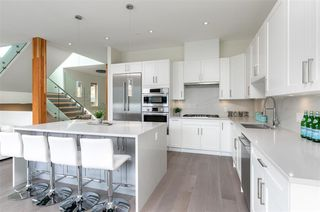 """Photo 2: 8468 BEAR PAW Trail in Whistler: Rainbow House for sale in """"Rainbow"""" : MLS®# R2492497"""