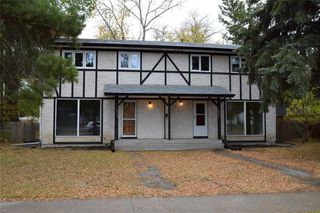 Photo 2: 1011 Cavalier Drive in Winnipeg: Crestview Residential for sale (5H)  : MLS®# 202025406