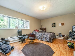 Photo 17: 998 Karen Cres in : SE Quadra House for sale (Saanich East)  : MLS®# 859390