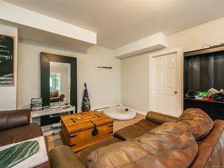 Photo 14: 998 Karen Cres in : SE Quadra House for sale (Saanich East)  : MLS®# 859390