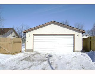 Photo 10: 80 TU-PELO Avenue in WINNIPEG: East Kildonan Residential for sale (North East Winnipeg)  : MLS®# 2802642