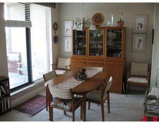 Photo 3: # 603 1581 FOSTER ST in White Rock: Condo for sale : MLS®# F2825493