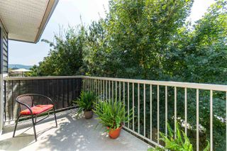 "Photo 19: 27 2023 WINFIELD Drive in Abbotsford: Abbotsford East Townhouse for sale in ""Meadow View"" : MLS®# R2394321"